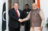 Small_list_modi_sharif